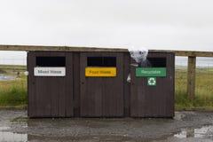 Los compartimientos de los desperdicios para reciclan Foto de archivo libre de regalías