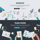 Los conceptos planos del ejemplo del diseño para la puesta en marcha del negocio y el equipo trabajan Imagen de archivo