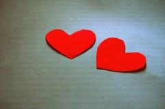 Los corazones de la tarjeta del día de San Valentín Imagen de archivo libre de regalías