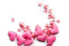 Los corazones rosados y subieron Fotos de archivo libres de regalías