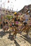 Los corredores participan en la raza de la conmemoración Fotografía de archivo