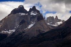 Los Cuernos, het Nationale Park van Las Torres, Chili Stock Afbeeldingen