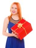 Los días de fiesta aman el concepto de la felicidad - muchacha con la caja de regalo Fotografía de archivo
