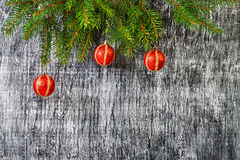 Los días de fiesta el árbol del abeto del Año Nuevo y de la Navidad juega Fotografía de archivo
