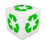 los dados blancos 3d marcados con verde reciclan símbolo ilustración del vector