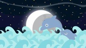 Los delfínes de la historieta que saltan entre el mar agitan en una noche de la Luna Llena