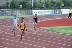 Los deportes se encuentran, los altos juegos de la pierna, juegos del zanco Imagen de archivo