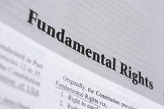 Los derechos fundamentales impresos en libro con las letras grandes imagenes de archivo