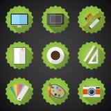 Los diseñadores rellenan el sistema plano del icono incluyen la mesa, cámara, gráfico T Foto de archivo libre de regalías