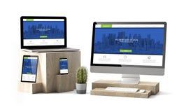 los dispositivos de madera de los cubos aislaron sitio web responsivo moderno ilustración del vector