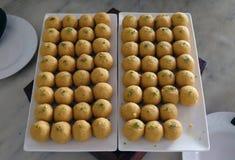 Los diversos bocados del banquete preparan para el partido del evento en el hotel de lujo cuatro puntos de Sheraton Agra Fotos de archivo