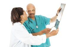 Los doctores Review X-ray Results Fotografía de archivo