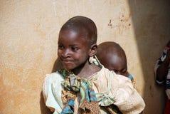 Los dos niños africanos Foto de archivo