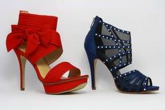 Los dos zapatos de la señora de tacón alto Imagen de archivo libre de regalías