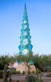Los E.E.U.U., Arizona/Phoenix: Arquitectura - F Lloyd Wright Spire /illuminated imagenes de archivo