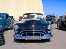 LOS E.E.U.U.: Oldsmobile automotriz clásico 1950 88/Convertible Imagen de archivo