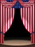Los E.E.U.U. señalan por medio de una bandera como cortinas Fotografía de archivo libre de regalías
