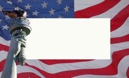 Los E.E.U.U. señalan por medio de una bandera y la estatua de la libertad Fotografía de archivo libre de regalías