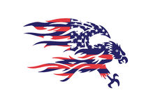 Los E.E.U.U. señalan a Eagle Bald Hawk Vector Logo por medio de una bandera patriótico Imagen de archivo libre de regalías