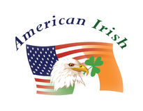 Los E.E.U.U. y los indicadores irlandeses mezclaron, y los emblemas nacionales Imagen de archivo