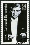 LOS E.E.U.U. - CIRCA 2001: muestra a Leonard Bernstein 1918-1990, compositor imagen de archivo