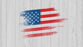 Los E.E.U.U. oscuros señalan agitar por medio de una bandera en la noche Bandera que aparece en el backgorund de madera vídeo stock de ilustración