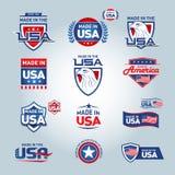 Los E.E.U.U. y hecho en iconos de los E.E.U.U. Americano hecho Sistema de los iconos del vector, sellos, sellos, banderas, etique stock de ilustración