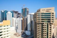 Los edificios de oficinas y los hoteles están bajo construcción Imagenes de archivo