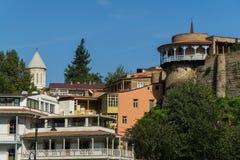 Los edificios salientes en la Europa ajustan en Tbilisi, Georgia Imágenes de archivo libres de regalías