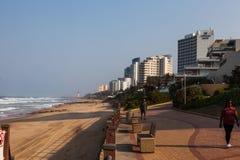 Los edificios y los apartamentos en la playa de Umhlanga imagen de archivo libre de regalías