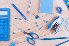 Los efectos de escritorio azules se oponen el primer Fotos de archivo libres de regalías