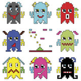 Los emoticons del robot de Pixelated 1 elemento de la nave espacial del tiroteo inspiraron por los juegos de ordenador de los año Imagen de archivo