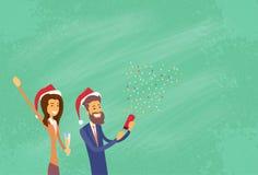 Los empresarios celebran Feliz Navidad y felices Imágenes de archivo libres de regalías