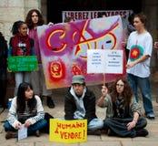 Los estudiantes demuestran solidaridad en edad del retiro Foto de archivo libre de regalías