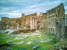 Los foros imperiales Fori Imperiali en italiano, monumental para a imágenes de archivo libres de regalías