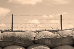 Los fosos de las bolsas de arena de la Primera Guerra Mundial de la muerte en Bélgica foto de archivo libre de regalías