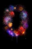 los fuegos artificiales coloridos numeran 0 para 2017 - firew colorido hermoso Foto de archivo
