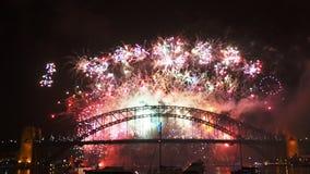 Los fuegos artificiales 2014 del nye de Sydney