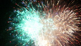 Los fuegos artificiales muestran - el LAZO limpio vibrante agudo 4K metrajes