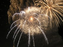 Los fuegos artificiales repartieron 1 foto de archivo