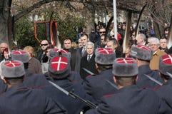 Los funcionarios, el pueblo personal y militar participan en la celebración para el día nacional de Bulgaria - el día de la liber imagenes de archivo