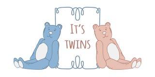 Los gemelos del bebé riegan la tarjeta Tarjeta de llegada con el lugar para su texto Imágenes de archivo libres de regalías