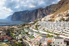 Los Gigantes城市在特内里费岛,加那利群岛,西班牙 库存照片