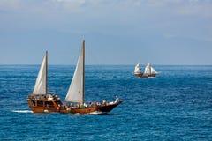 LOS GIGANTES, TENERIFE/SPAIN - 21 DE FEVEREIRO: Navigação fora do coa Imagem de Stock Royalty Free