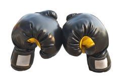 Los guantes de boxeo se cierran encima de guardia imágenes de archivo libres de regalías