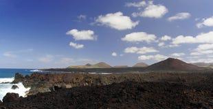 Los Hervideros, Lanzarote, kanariefågelöar Arkivbild