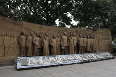 Los hombres de la estatua de libertad Imágenes de archivo libres de regalías