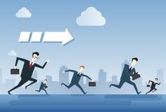 Los hombres de negocios agrupan el concepto de Team Leader Under Arrow Competition del funcionamiento Imagen de archivo