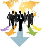 Los hombres de negocios globales remiten flechas del progreso Imagen de archivo
