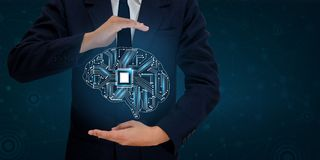 Los hombres de negocios de la mano del AI presionan el teléfono Brain Graphic Binary Blue Technology Foto de archivo libre de regalías
